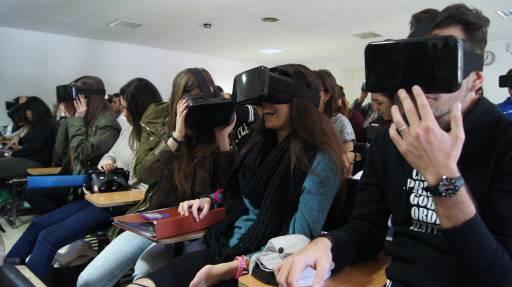 M s fotos estudiantes universidad de la laguna motiva for Piso estudiantes la laguna